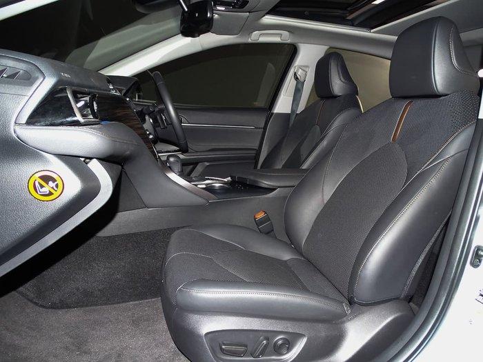 2017 Toyota Camry SL ASV70R White