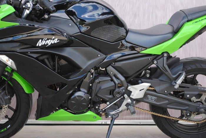 2017 Kawasaki NINJA 650 Green