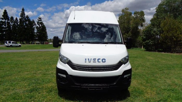 2017 IVECO DAILY White