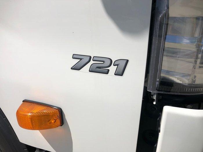 2020 HINO 721 300 SERIES White