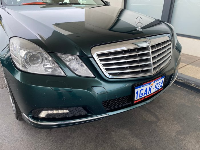 2009 Mercedes-Benz E-Class E350 Avantgarde W212 Green