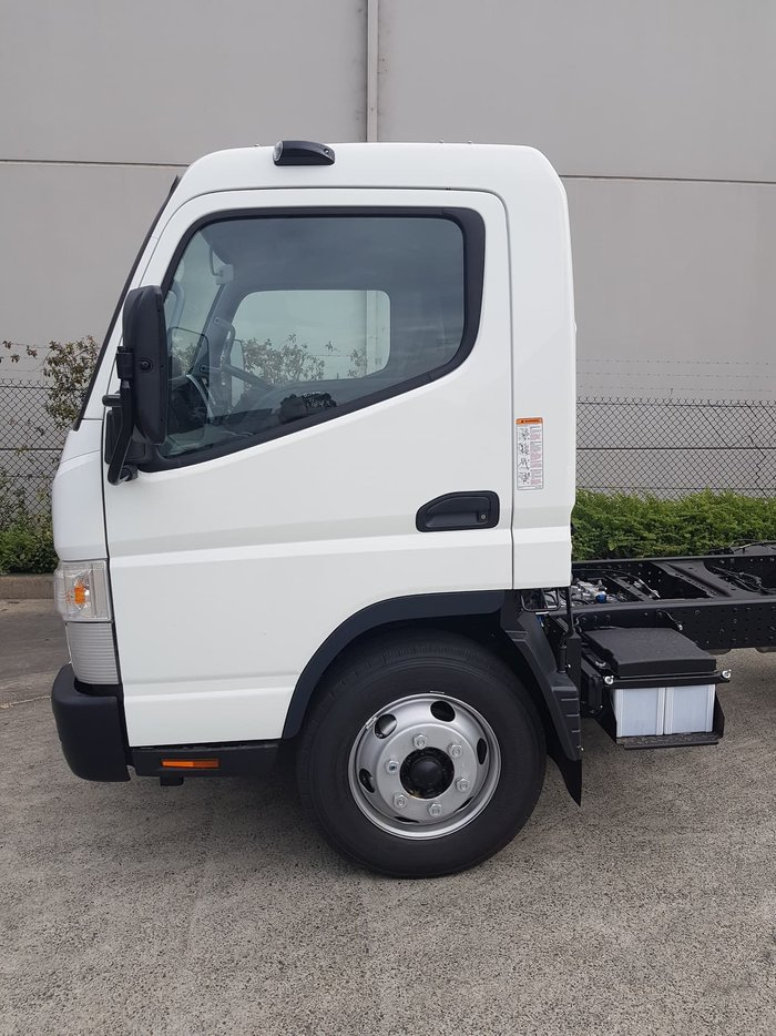 2020 FUSO CANTER 815 - CAB CHASSIS White