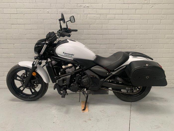 2017 Kawasaki VULCAN S White
