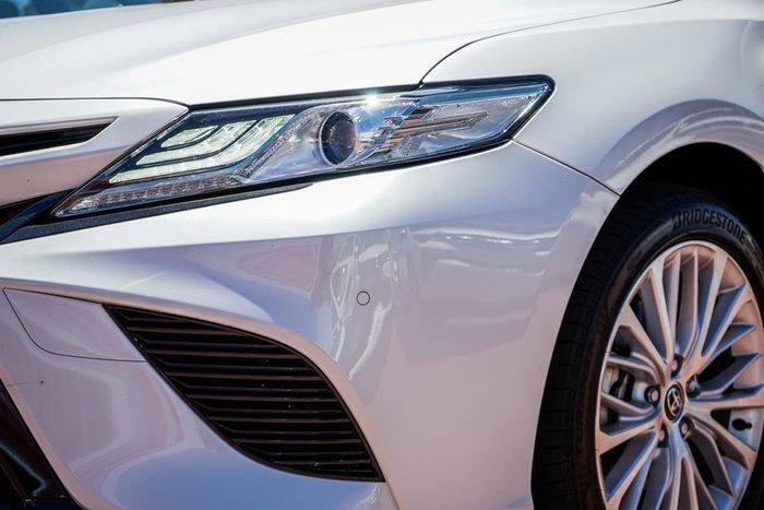 2019 Toyota Camry SL AXVH71R White