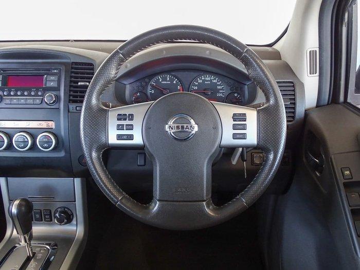 2013 Nissan Navara ST D40 Series 6 4X4 Black