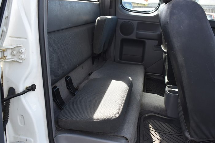 2007 Mazda BT-50 DX+ UN White