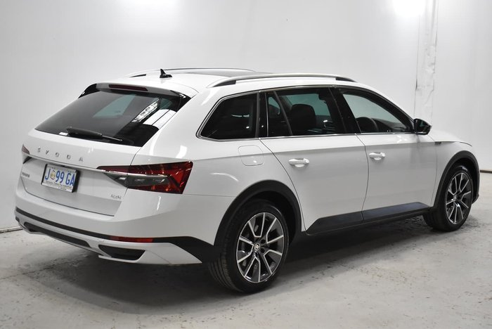 2020 SKODA Superb 200TSI Scout NP MY20.5 4X4 Constant White