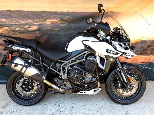2016 TRIUMPH TIGER EXPLORER XCA DUAL PURPOSE WHITE