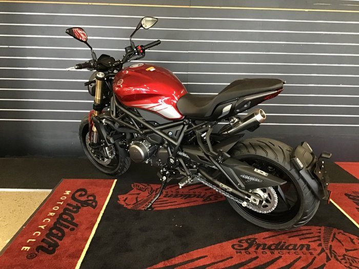 2021 Benelli 2021 Benelli 750CC 752S Road Red