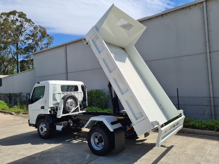 2020 FUSO CANTER 815 TIPPER - WIDE CAB White