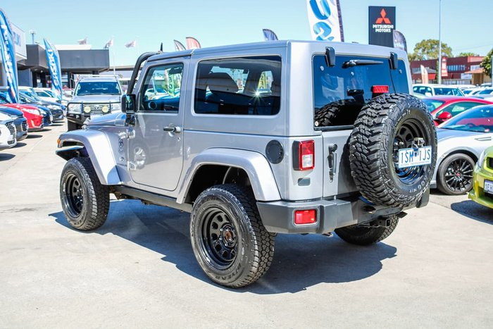 2013 Jeep Wrangler Overland JK MY13 4X4 Silver