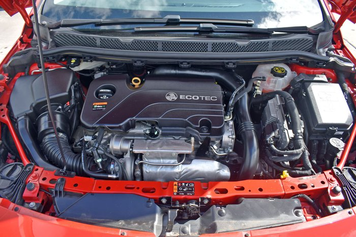2016 Holden Astra R BK MY17 Absolute Red