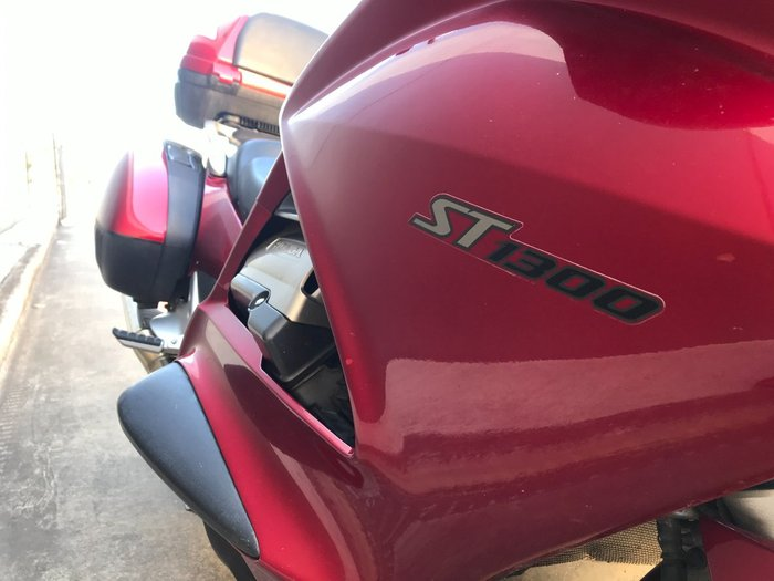 2008 Honda ST1300A Red
