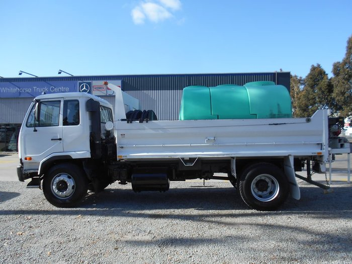 2004 UD PK265 TIPPER/WATER CART, White