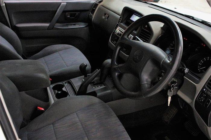 2003 Mitsubishi Pajero GLS NP MY04 4X4 White