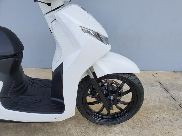 2020 Peugeot BELVILLE 200 RS White