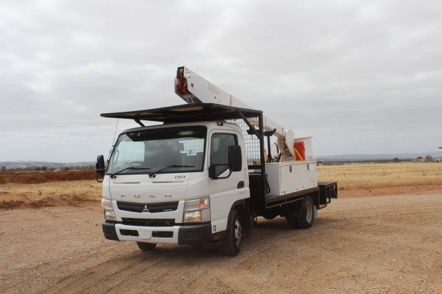 2015 Mitsubishi Canter 615 EWP LOW KMS White