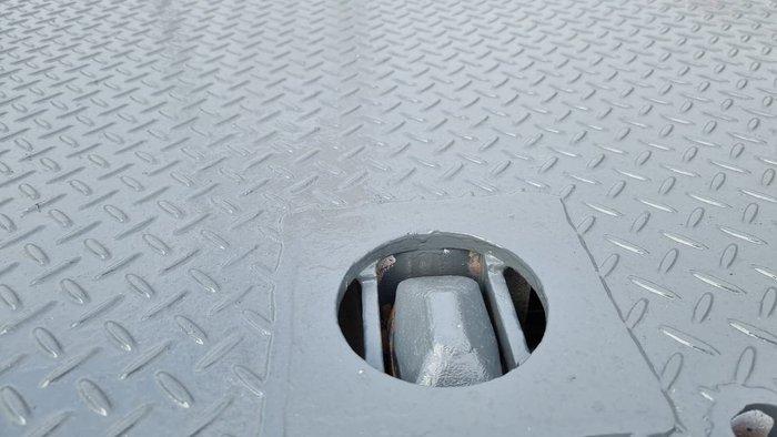 2012 UD CONDOR 17/280 White