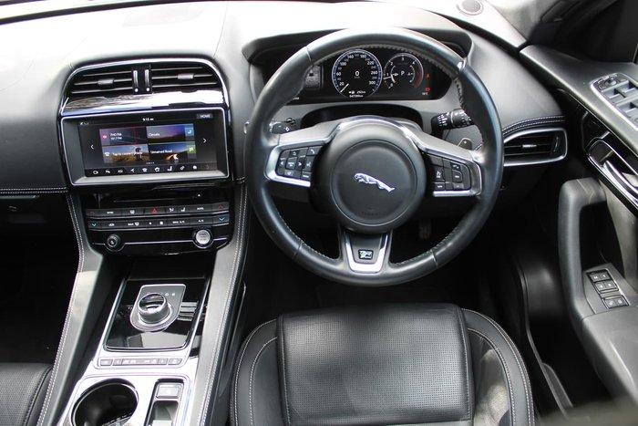 2017 Jaguar F-PACE 20d R-Sport X761 MY17 Four Wheel Drive White