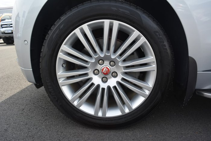 2016 Jaguar F-PACE 30d R-Sport X761 MY17 Four Wheel Drive Silver