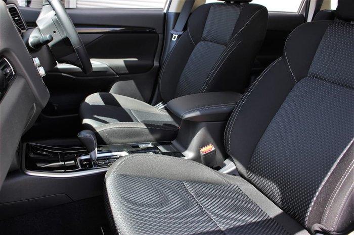 2019 Mitsubishi Outlander ES ZL MY20 4X4 On Demand White