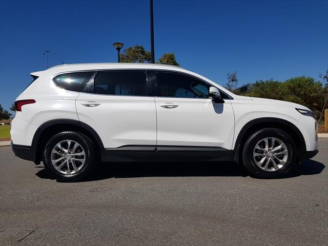 2018 Hyundai Santa Fe Active DM5 Series II MY18 4X4 On Demand WHITE