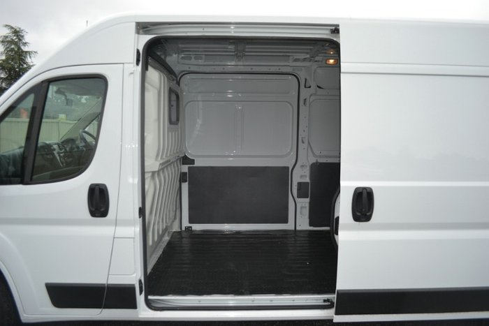 2017 Fiat Ducato MID ROOF LONG WHEELB Series 6 DUCATO WHITE