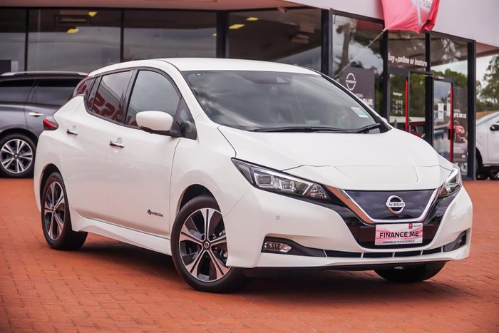 2020 Nissan LEAF ZE1 Artic White
