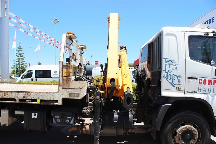 2011 HINO FM 2632 TILT SLIDE AND CRANE WHITE