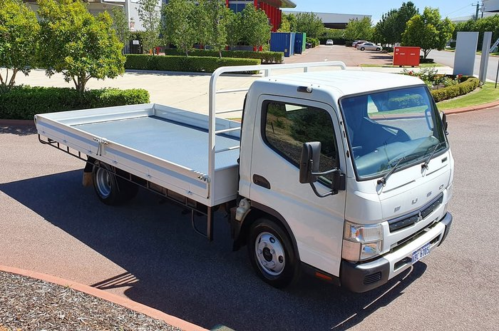 2018 FUSO 615 CANTER WHITE