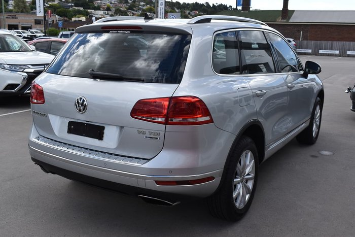 2016 Volkswagen Touareg 150TDI Element 7P MY17 Four Wheel Drive Silver