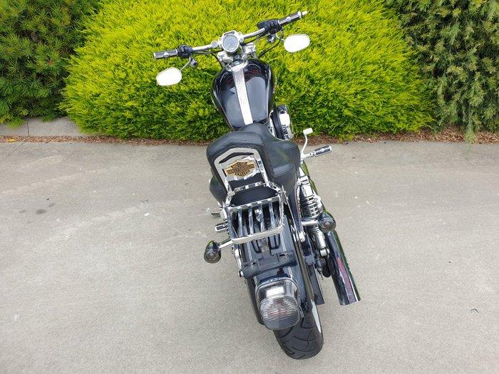 2005 HARLEY-DAVIDSON XL1200C SPORTSTER CUSTOM Black