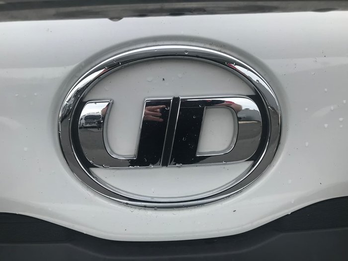 2015 UD MK 11-250 WHITE