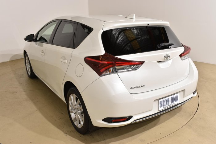 2017 Toyota Corolla Ascent Sport ZRE182R Crystal Pearl