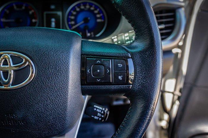 2017 Toyota Hilux SR5 GUN126R 4X4 Dual Range White