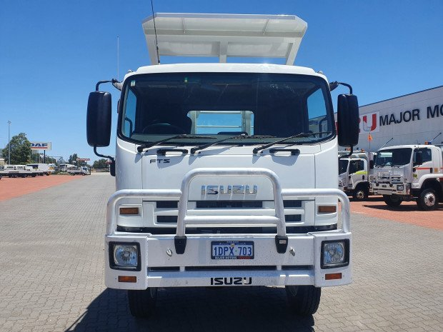 2011 Isuzu FTS800 4x4 Tray and ROP's
