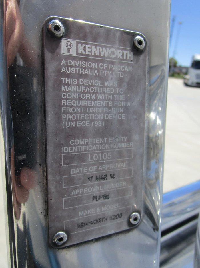 2016 KENWORTH K200 AERODYNE WHITE