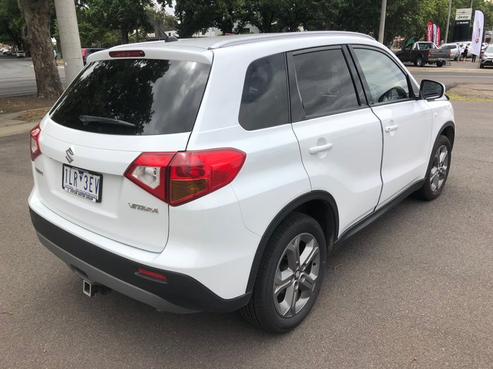 2017 Suzuki Vitara RT-S LY Cool White
