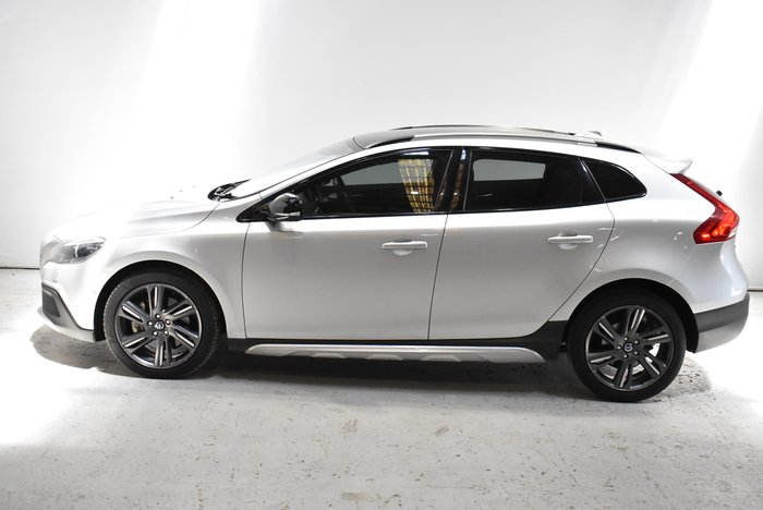 2014 Volvo V40 Cross Country D4 Luxury MY14 Silver