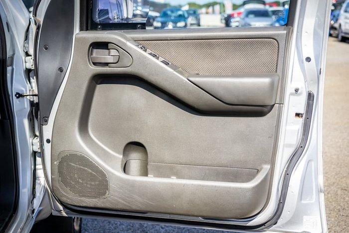 2011 Nissan Navara ST D40 Series 6 4X4 Silver
