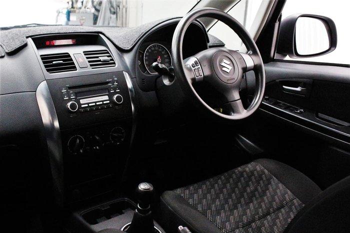 2009 Suzuki SX4 GYB 4X4 On Demand White