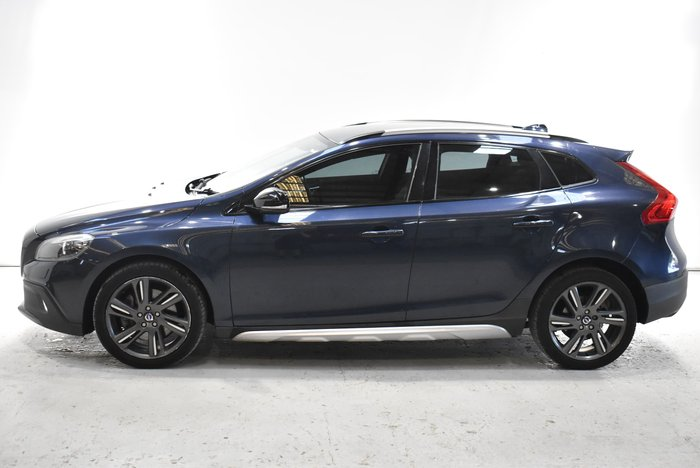 2014 Volvo V40 Cross Country T5 Luxury MY15 Four Wheel Drive Blue
