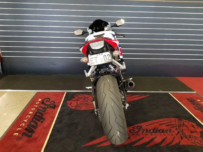 2015 Honda CBR1000RR (FIREBLADE) Red