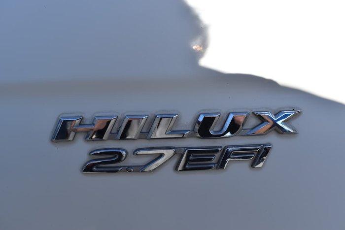 2004 Toyota Hilux RZN149R MY02 White