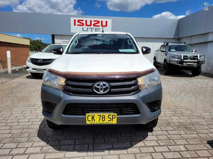 2016 Toyota Hilux Workmate GUN125R 4X4 Dual Range Glacier White