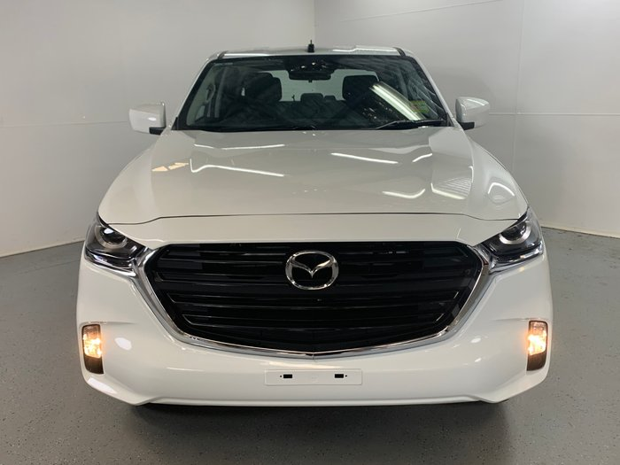 2020 Mazda BT-50 XT TF Ice White