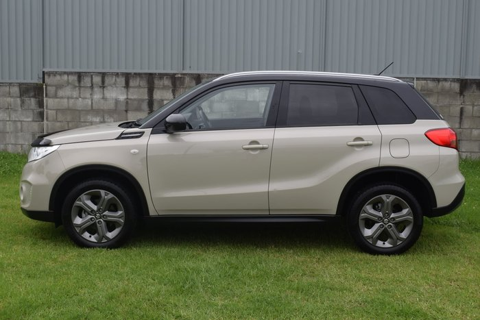 2018 Suzuki Vitara RT-S LY Savannah Ivory