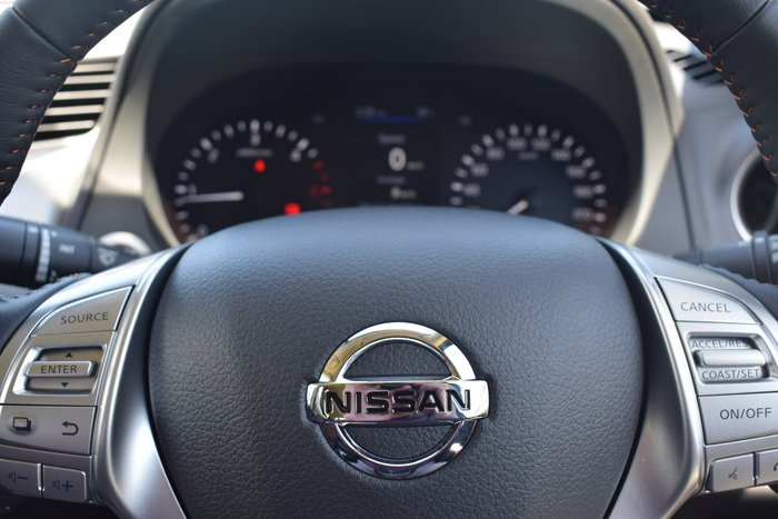 2020 Nissan Navara N-TREK D23 Series 4 4X4 Dual Range Slate Grey