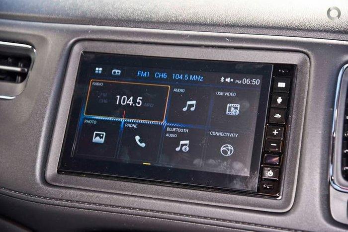 2020 Honda HR-V VTi MY21 Platinum White