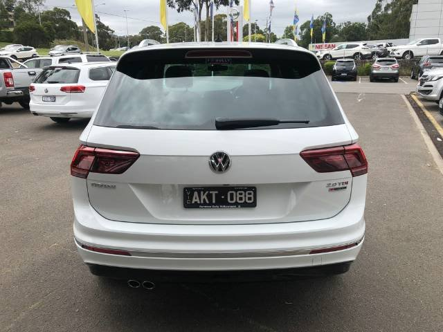 2016 Volkswagen Tiguan 140TDI Highline 5N MY17 Four Wheel Drive PURE WHITE